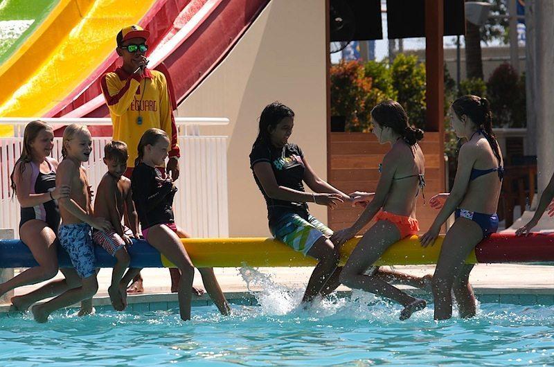 splash-waterpark-canggu-bali-kids-having-fun-waterslides-03