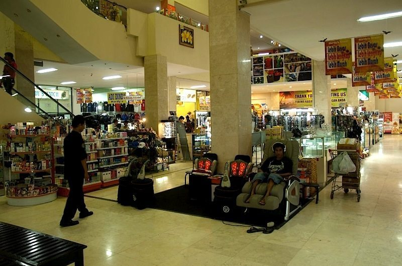 bali-sanur-hardys-supermarket