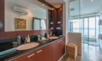 Villa OMG Master Bathroom | Nusa Dua, Bali