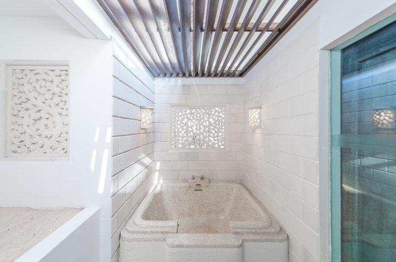 Villa OMG En-suite Bathroom | Nusa Dua, Bali