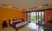 Villa Tanju King Size Bed | Seseh, Bali