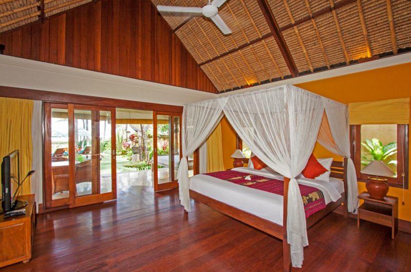 Villa Tanju Bedroom with Garden View | Seseh, Bali