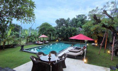 Villa Umah Di Sawah Outdoor Dining Area | Canggu, Bali