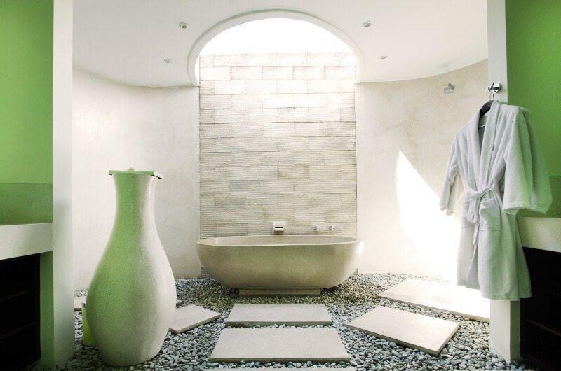Casa Mateo Master Bathroom | Seminyak, Bali