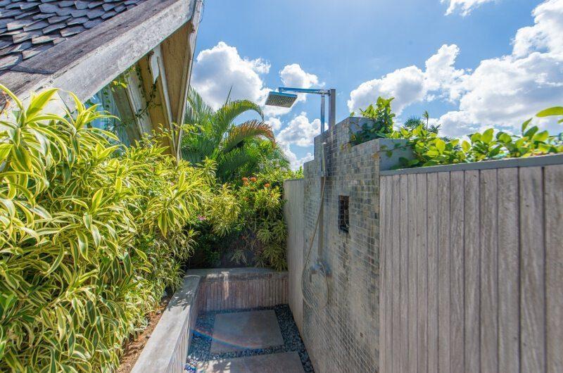 Casa Mateo Outdoor Bathroom | Seminyak, Bali