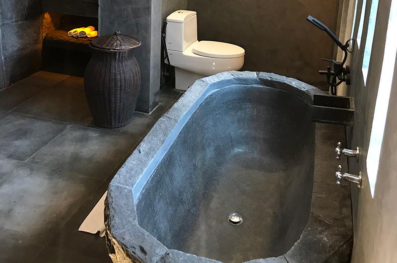 Casa Mateo Stone Bathtub | Seminyak, Bali