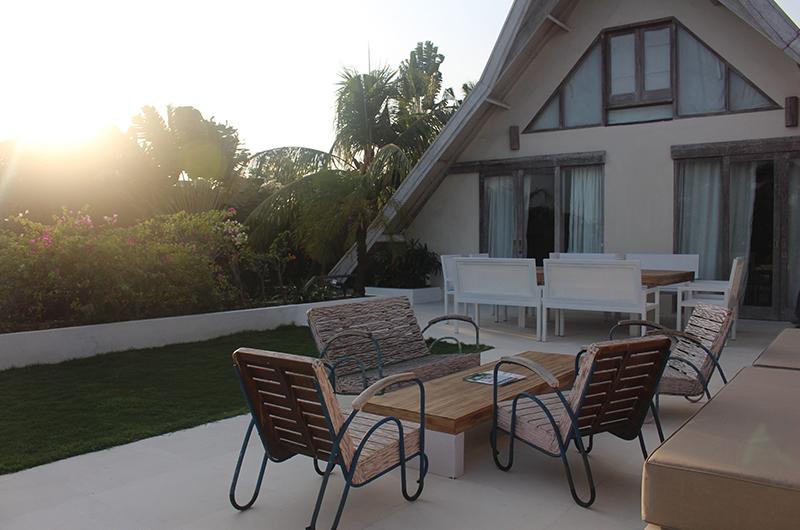 Casa Mateo Rooftop with Seating | Seminyak, Bali