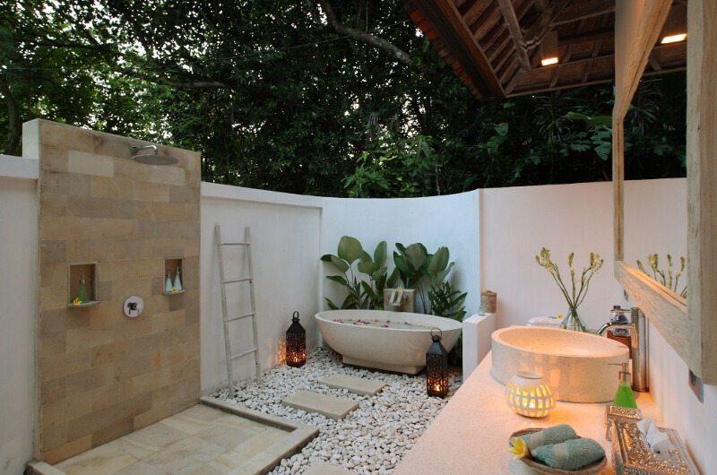 Shamballa Moon Bathroom | Ubud, Bali