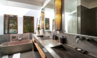 Villa Abakoi Master Bathroom   Seminyak, Bali