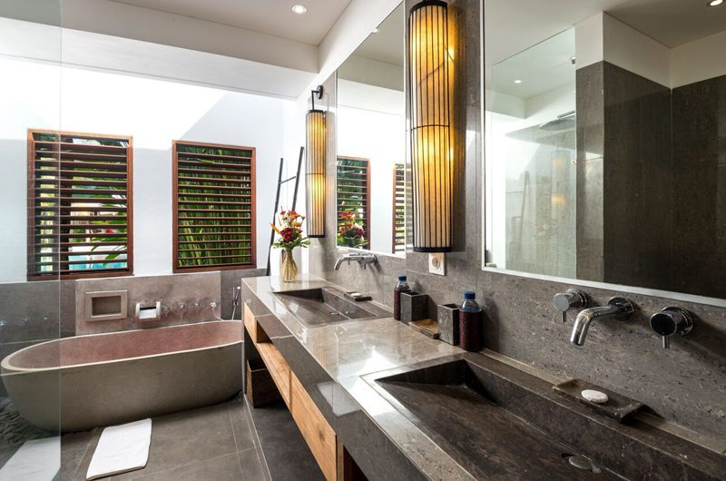 Villa Abakoi Master Bathroom | Seminyak, Bali