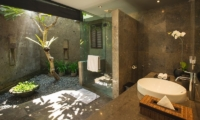 Villa Alabali Bathroom | Seminyak, Bali