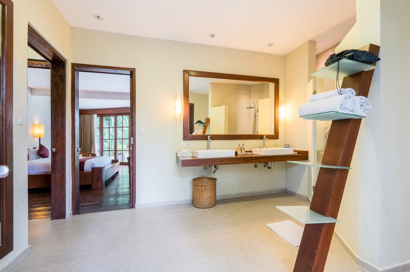 Villa Tirtadari Bedroom and En-suite His and Hers Bathroom | Umalas, Bali