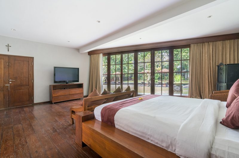Villa Tirtadari Bedroom with Sofa | Umalas, Bali