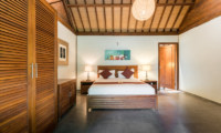 Villa Tirtadari Bedroom with Table Lamps | Umalas, Bali