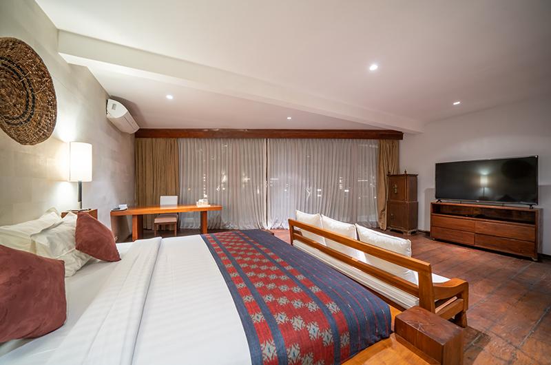 Villa Tirtadari Guest Bedroom with TV | Umalas, Bali