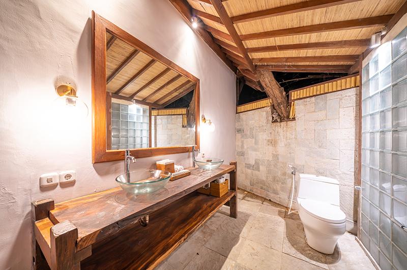 Villa Tirtadari Vanity | Umalas, Bali