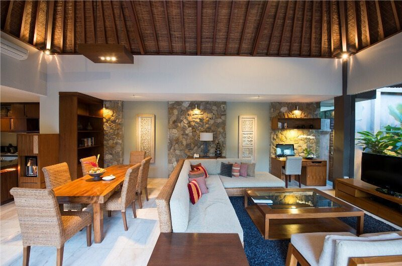 Akara Villas Living and Dinning Room | Petitenget, Bali