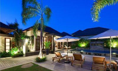Akara Villas Pool Side | Petitenget, Bali