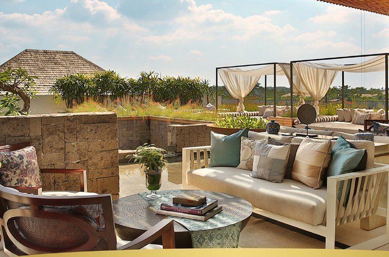 Berry Amour Romantic Villas Outdoor Lounge | Batubelig, Bali