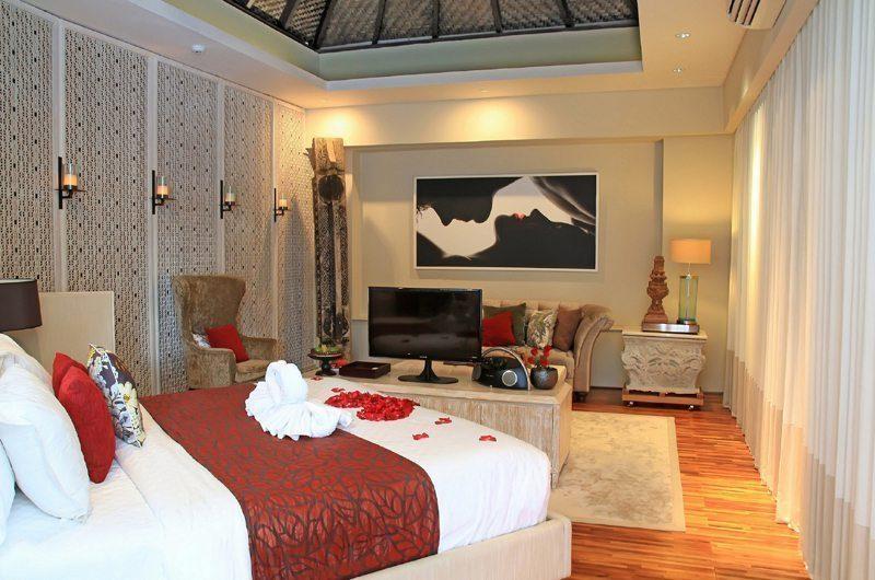 Berry Amour Romantic Villas Temptation Villa Bedroom | Batubelig, Bali