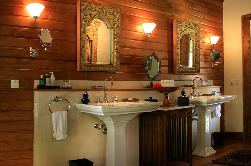 Des Indes Villas Villa Des Indes 1 Bathroom One | Seminyak, Bali
