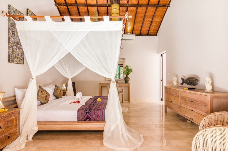 Villa Can Barca Bedroom One | Petitenget, Bali