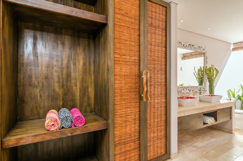 Villa Can Barca Walk-In Wardrobe | Petitenget, Bali