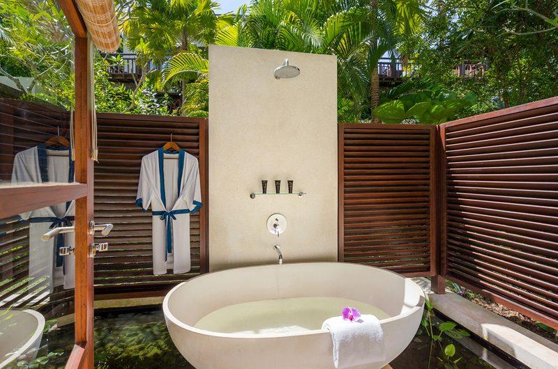Villa Indah Ungasan Outdooor Bathtub | Uluwatu, Bali