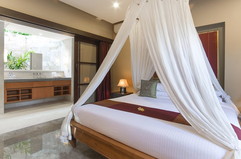 Villa Bayu Gita Bayu Gita Residence Bedroom and En-suite Bathroom | Sanur, Bali