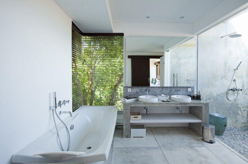 Villa CassaMia Bathroom | Jimbaran, Bali