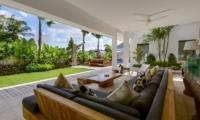 Villa Meiwenti Open Plan Living | Canggu, Bali