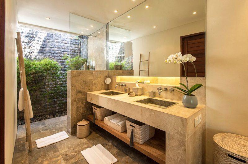Villa Tiga Puluh Bathroom One | Seminyak, Bali