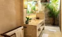 Villa Tiga Puluh En-suite Bathroom | Seminyak, Bali