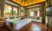 Baan Mika Double Bedroom with TV | Choeng Mon, Koh Samui
