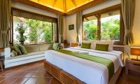 Baan Mika Bedroom with Seating Area | Choeng Mon, Koh Samui