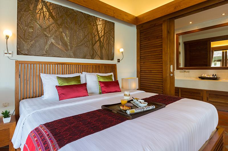 Baan Mika Bedroom with Lamps | Choeng Mon, Koh Samui