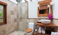 Ban Sairee Bathroom | Koh Samui, Thailand