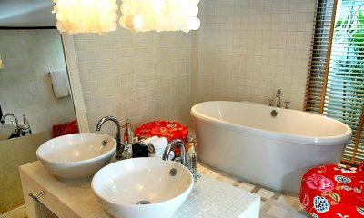 Ban Suriya En-suite Bathroom | Lipa Noi, Koh Samui