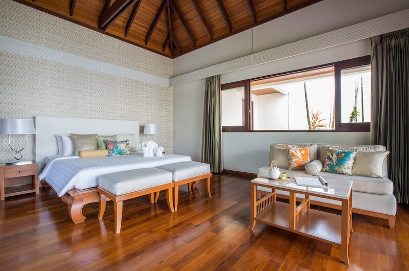 Bougainvillea Villa Bedroom with Seating | Maenam, Koh Samui