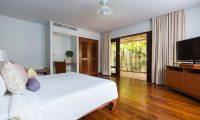 Bougainvillea Villa Bedroom Side | Maenam, Koh Samui