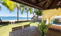 Bougainvillea Villa Outdoor Dining Area | Maenam, Koh Samui