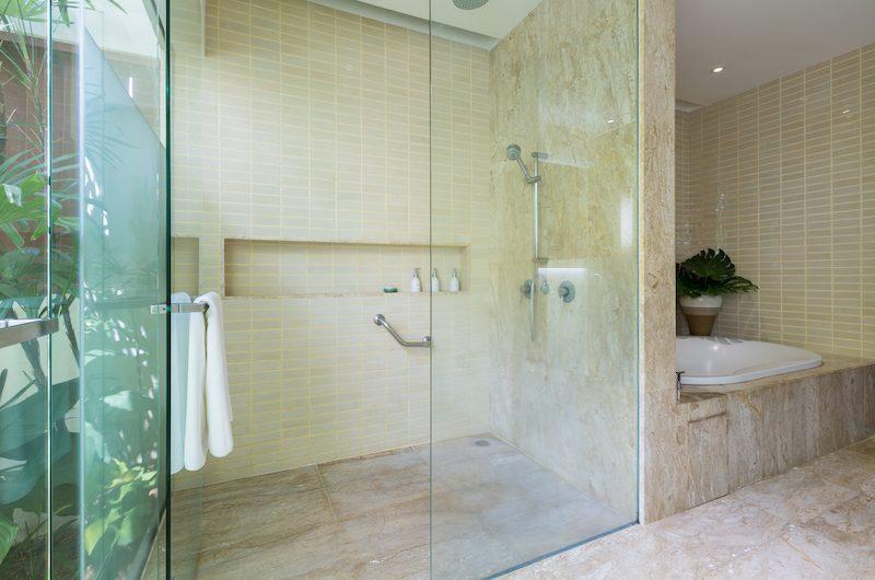 Villa Acacia Shower | Maenam, Koh Samui