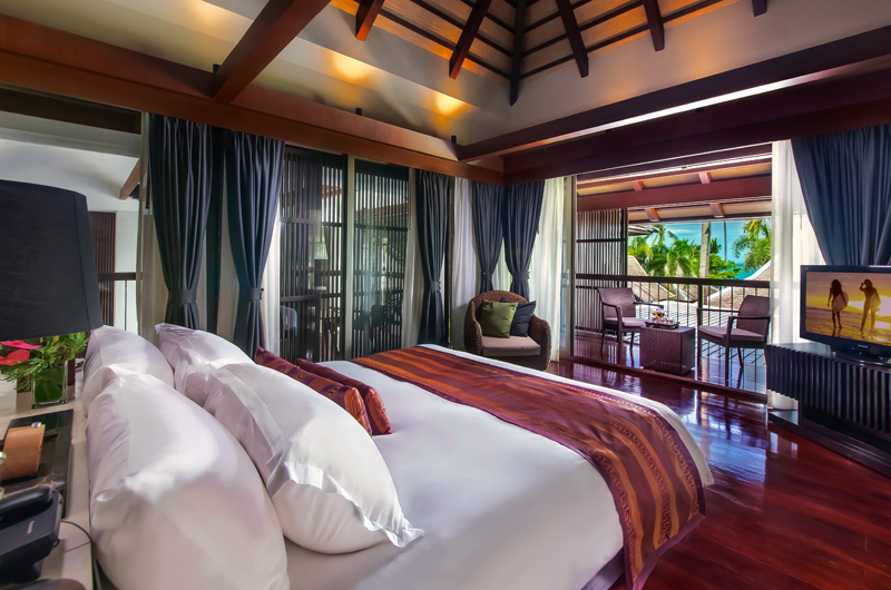 Villa Akatsuki Bedroom and Balcony | Lipa Noi, Koh Samui