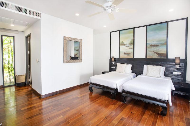 Villa Champak Twin Bedroom with Lamps | Maenam, Koh Samui