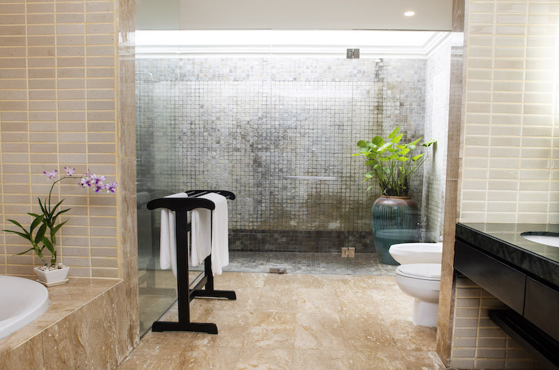 Villa Champak Bathroom | Maenam, Koh Samui