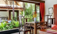 Baan Rattana Thep Study Table | Lipa Noi, Koh Samui