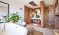 Ban Lealay En-suite Bathroom | Bophut, Koh Samui