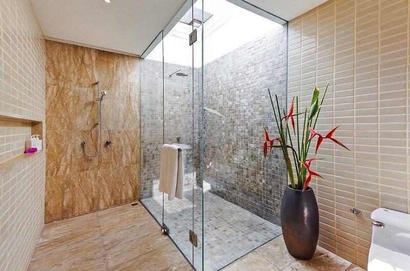 Bougainvillea Villa Bathroom | Maenam, Koh Samui
