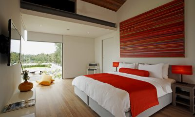 Sava Beach Villas Aqua Villa King Size Bed | Natai, Phang Nga