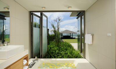 Sava Beach Villas Villa Essenza En-suite Bathroom   Natai, Phang Nga